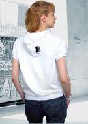 футболка Love is - со спины